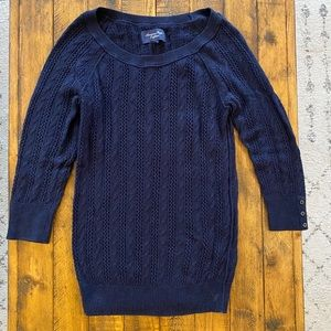 Women's American Eagle Navy 3/4 Sleeve Sweater M